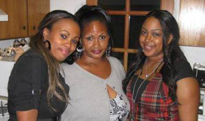 Meagan Hockaday (L) with her mother Monique (C) and sister Misha (R)